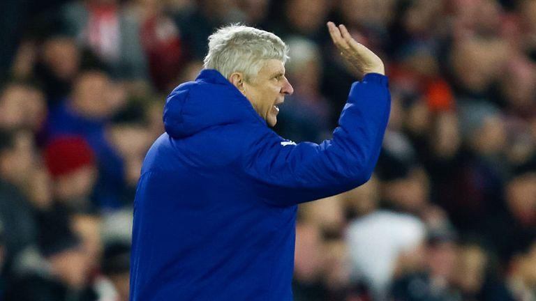 Arsene Wenger on the touchline at St Mary's