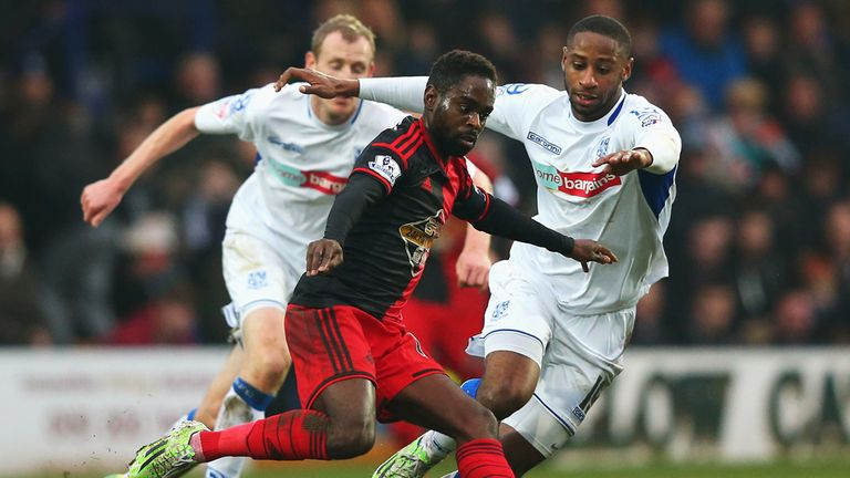 Nathan Dyer is closed down by Janoi Donacien
