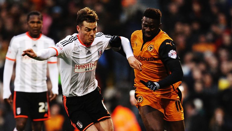 Bakary Sako and Scott Parker: Compete for the ball at Craven Cottage