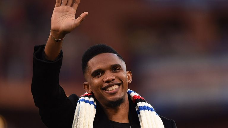 Samuel Eto'o greets supporters after the Serie A match between UC Sampdoria and US Citta di Palermo