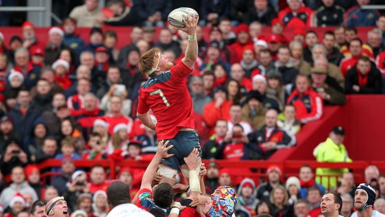 Sean Dougall (C) wins a line out for Munster