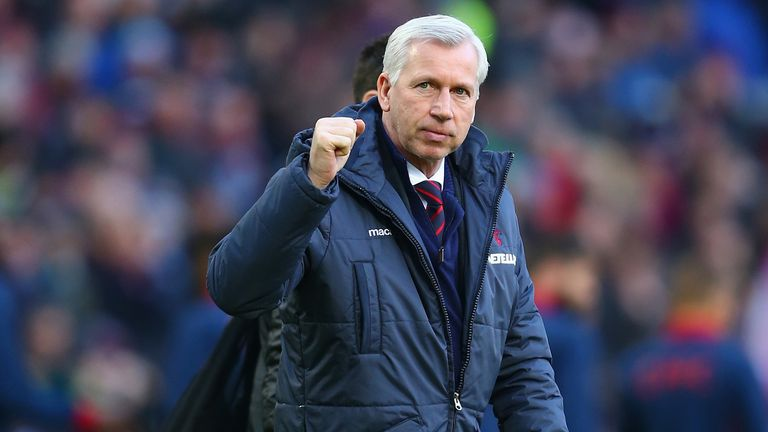 Alan Pardew will be hoping to get a win over his former club