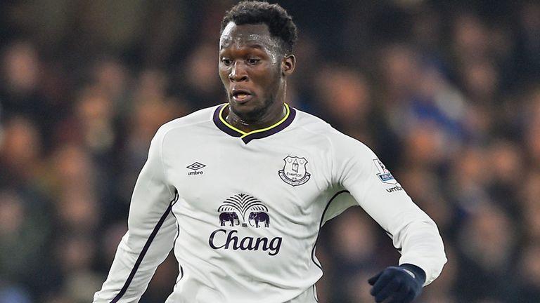 Romelu Lukaku: Everton striker wants to 'arrive at a top club again'