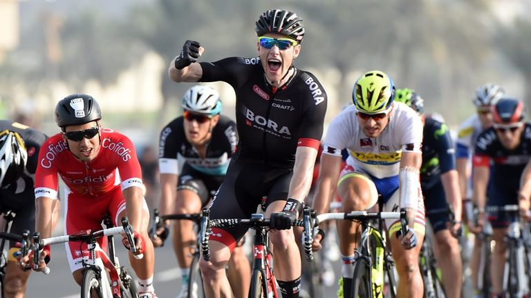 Sam Bennett beat Andrea Guardini into second and Nacer Bouhanni into third