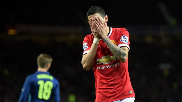 Angel di Maria shows his frustration