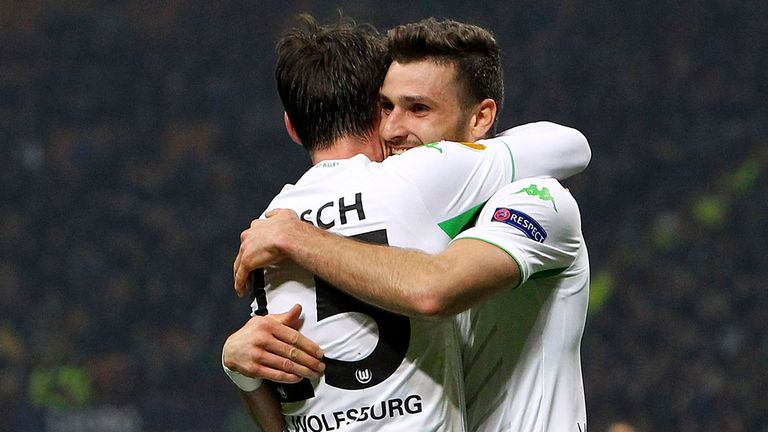 Wolfsburg's Daniel Caligiuri (right) celebrates