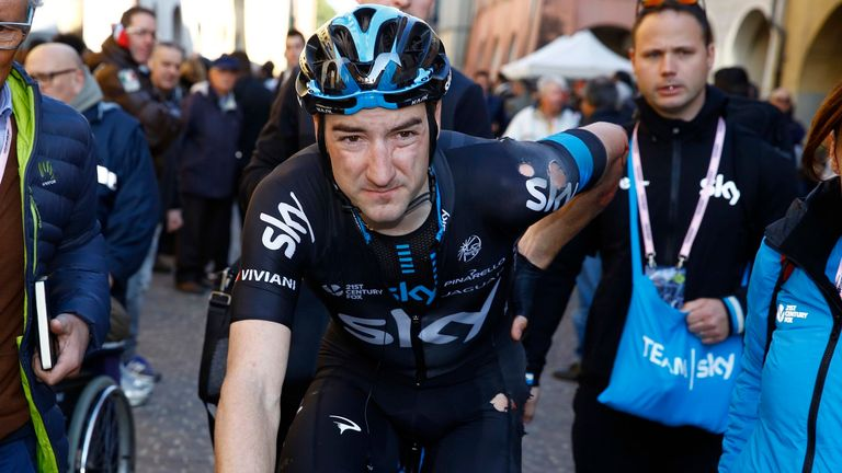 Elia Viviani fell heavily but was able to finish