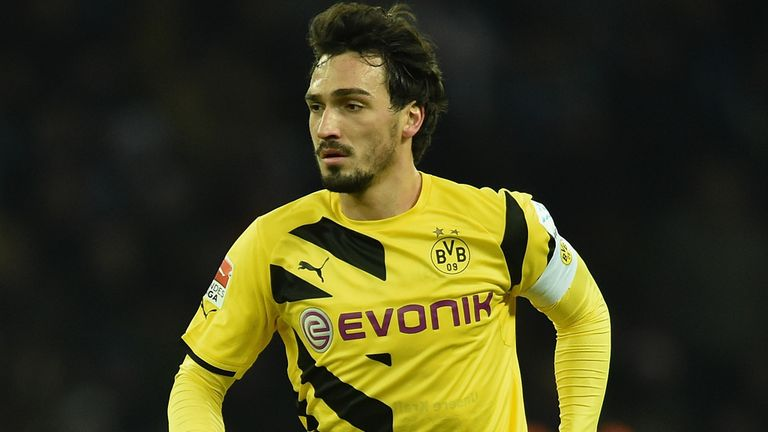 Mats Hummels said he wanted to stay at Dortmund for another year