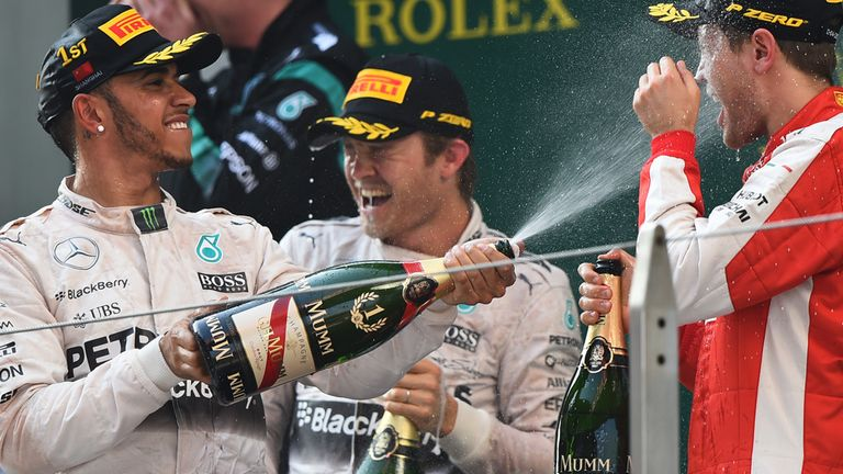 Lewis Hamilton wins for the second time in 2015