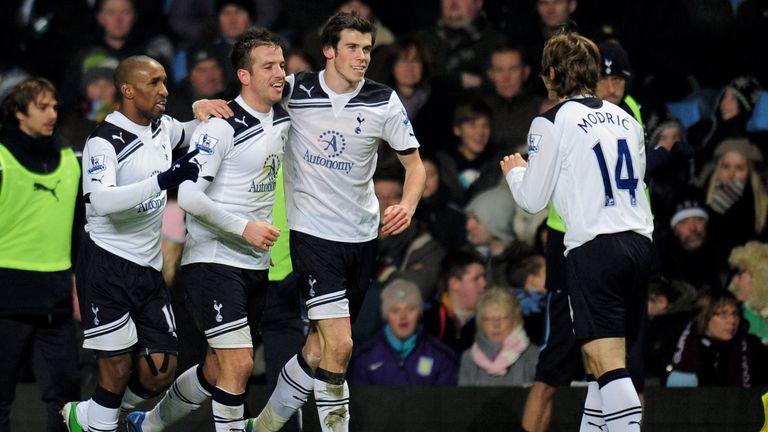 Jermain Defoe, Rafael Van Der Vaart, Gareth Bale and Luka Modric of Tottenham celebrate after Van Der Vaart scores