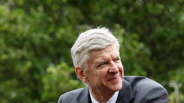 Arsene Wenger has become the first manager in the post-war period to win six FA Cups.