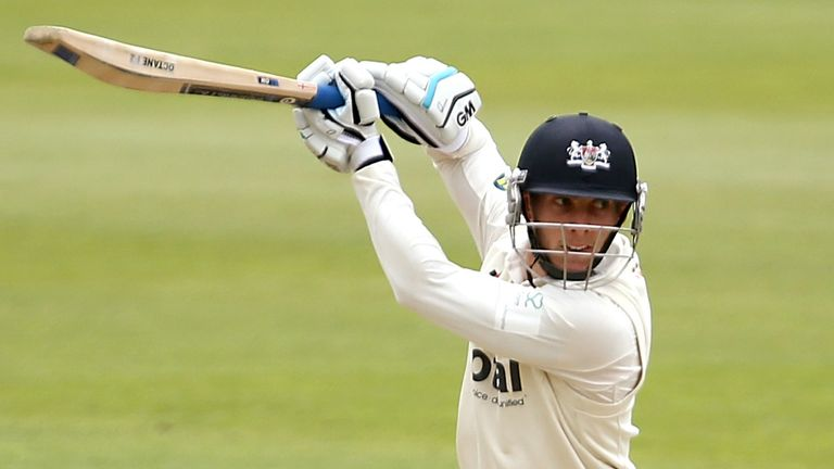 Chris Dent continued his fine four-day form for Gloucestershire with an unbeaten 82