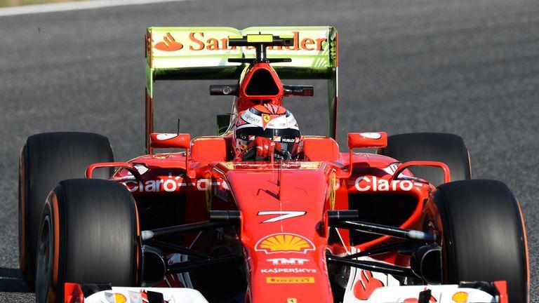Kimi Raikkonen with aero paint on rear wing