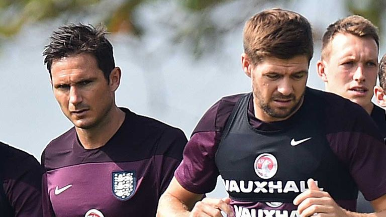 Frank Lampard and Steven Gerrard in training with England