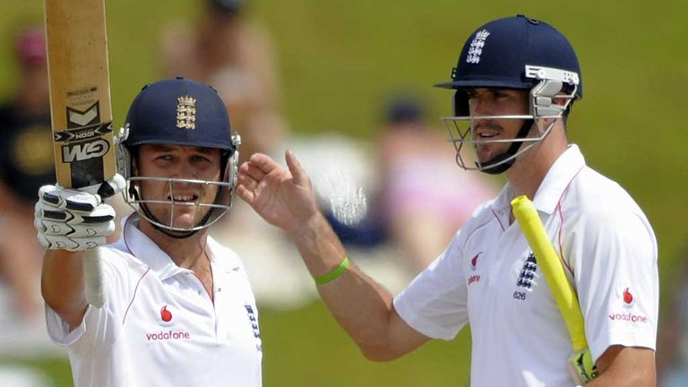 Jonathan Trott and Kevin Pietersen during the first Test against South Africa in 2009