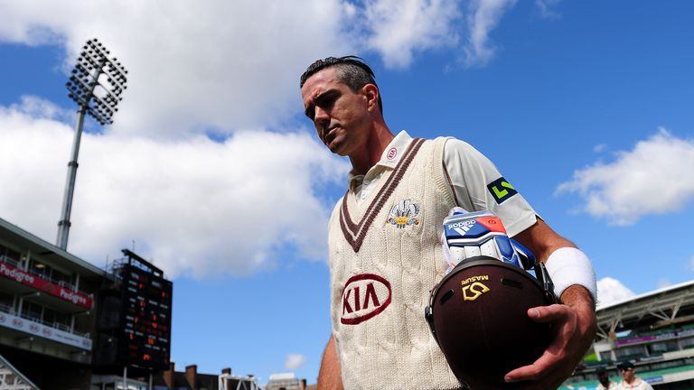 Kevin Pietersen believes Shane Watson should keep his place in the Australia side for the second Ashes Test.