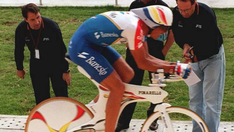Miguel Indurain used an aerodynamic time-trial bike to break the record in 1994