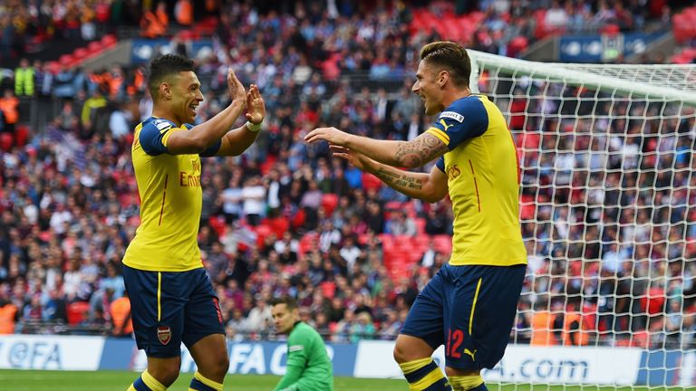 Olivier Giroud sealed a 4-0 victory for Arsenal very late on