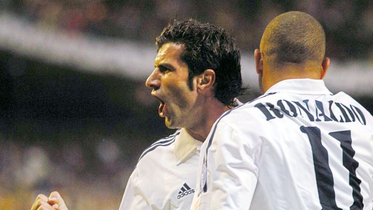 MADRID, SPAIN - MAY 06:  Champions League 02/03, Madrid; Real Madrid - Juventus Turin 2:1; Jubel Luis FIGO, RONALDO/Madrid  (Photo by Martin Rose/Bongarts/