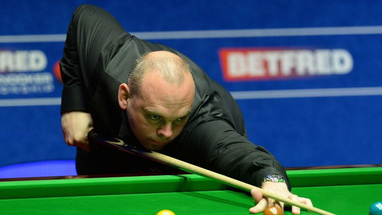 Stuart Bingham beat Judd Trump to reach the final at the Crucible