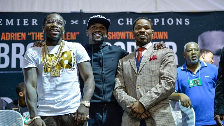 Broner alongside Mayweather ahead of his fight with Shawn Porter