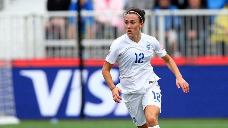 Lucy Bronze has been named Vauxhall England Player of the Year in 2015