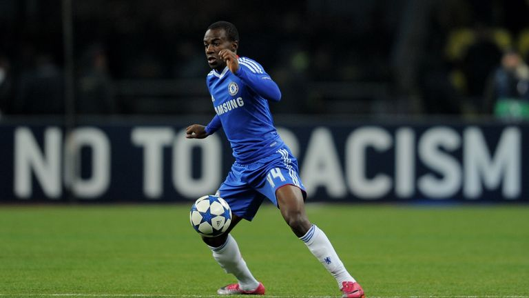 MOSCOW - OCTOBER 19:  Gael Kakuta of Chelsea in action during the UEFA Champions League Group F match between Spartak Moscow and Chelsea at the Luzhniki St