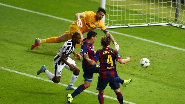 Luis Suarez scores Barcelona's second goal during the UEFA Champions League Final between Juventus and FC Barcelona