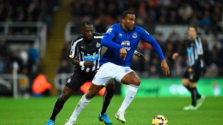 Sylvain Distin in action for Everton