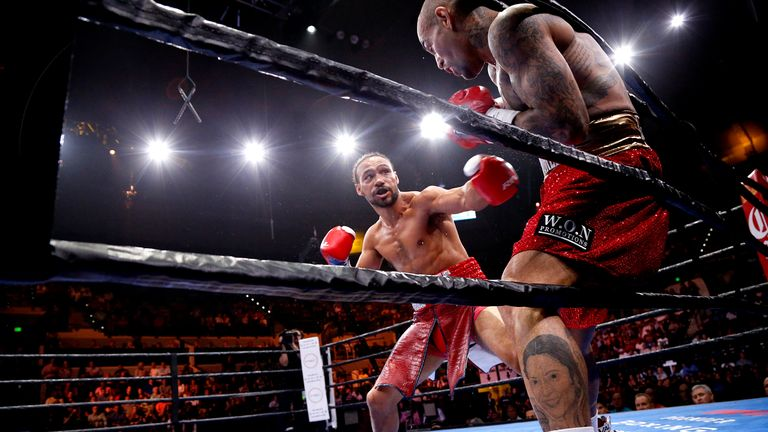 Keith Thurman beat Luis Collazo in eight in Tampa