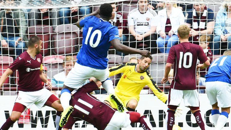 Romelu Lukaku score his second goal as Everton beat Hearts