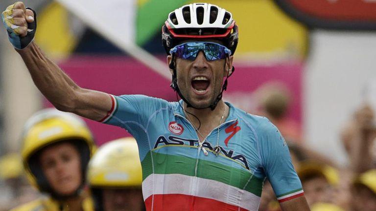 Vincenzo Nibali won stage 19 solo