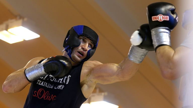 Klitschko has recovered from a calf injury