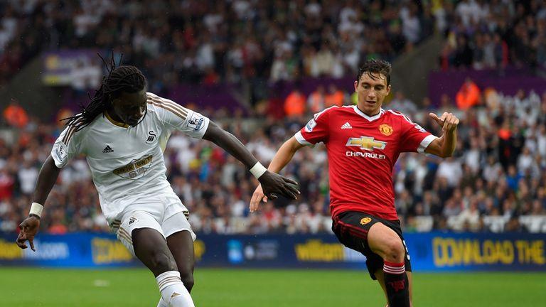 Swansea striker Bafetimbi Gomis scores