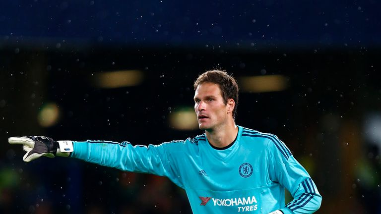 LONDON, ENGLAND - AUGUST 05:  Asmir Begovic of Chelsea gives instructions during the Pre Season Friendly match between Chelsea and Fiorentina at Stamford B