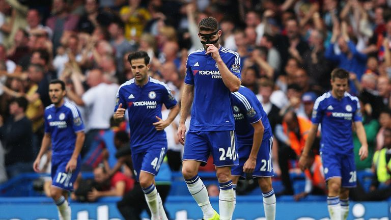 LONDON, ENGLAND - AUGUST 29:   Gary Cahill of Chelsea and Cesc Fabregas of Chelsea look dejected after Bakary Sako scores for Crystal Palace