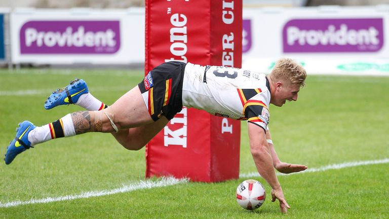 Bradford's Danny Addy scores a try in emphatic win