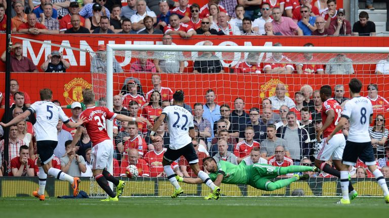 Sergio Romero made an important save in the closing stages