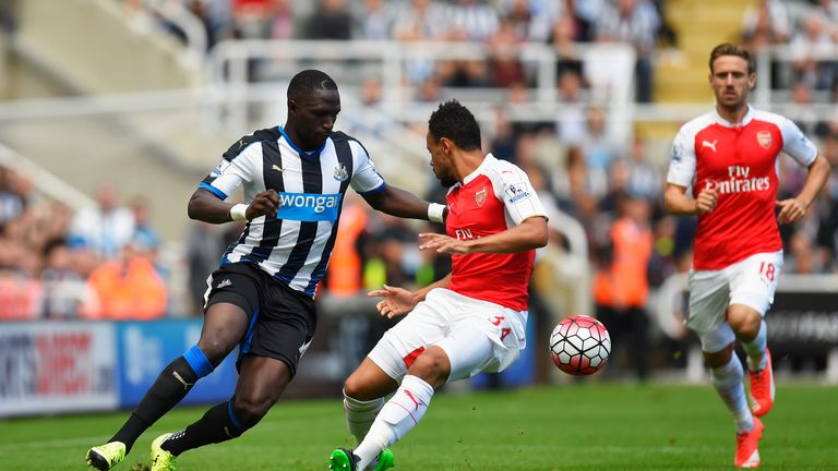 Moussa Sissoko of Newcastle United and Francis Coquelin of Arsenal