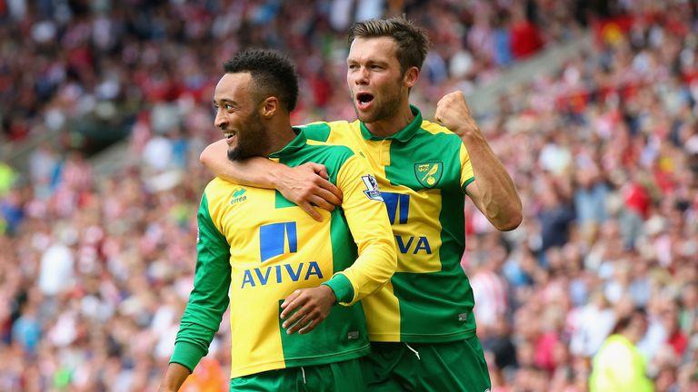 Nathan Redmond of Norwich City celebrates scoring his team's third goal against Sunderlandn