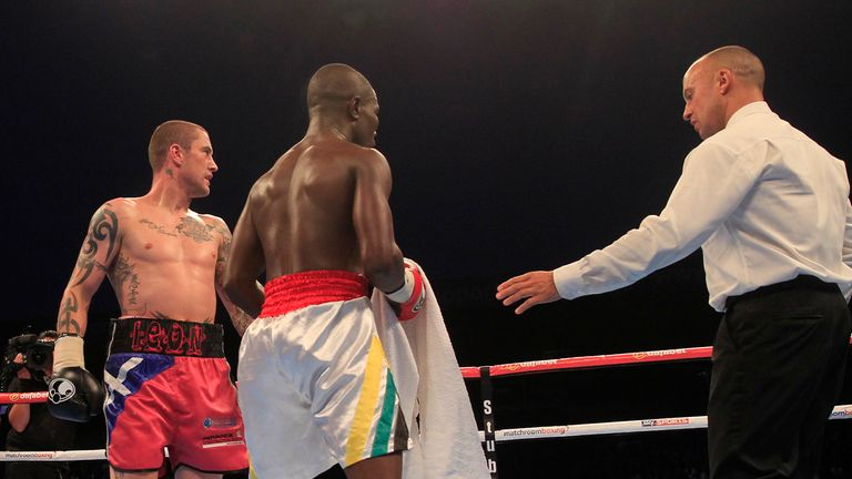 Ricky Burns marked returned to lightweight with bizarre win (Picture by Lawrence Lustig)
