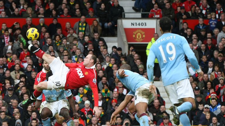 Wayne Rooney scores a sensational overhead kick against Manchester City