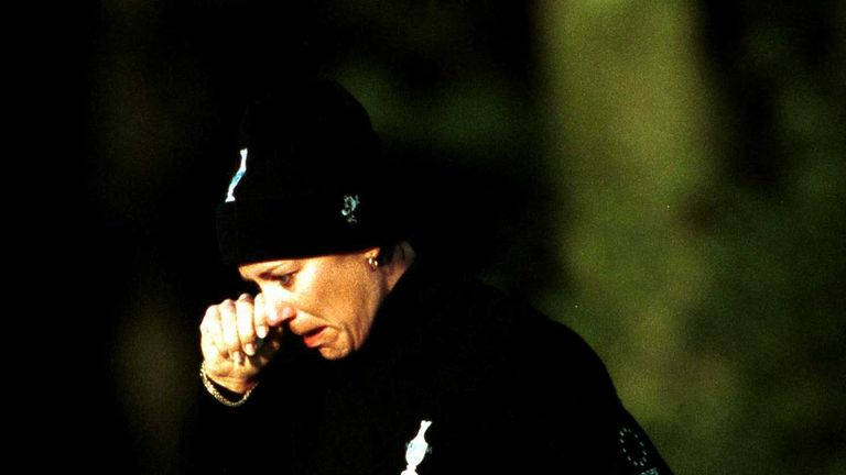Sorenstam is reduced to tears after being asked to replay her shot