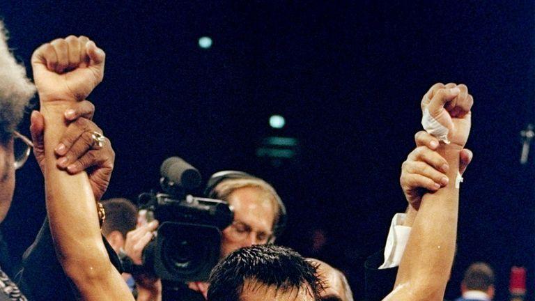 Ricardo Lopez celebrates after overcoming Alex Sanchez in New York