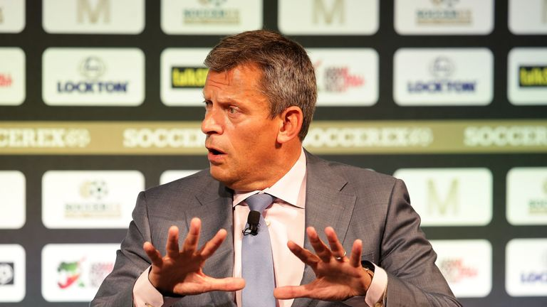 FA chief executive Martin Glenn says England players do not travel well