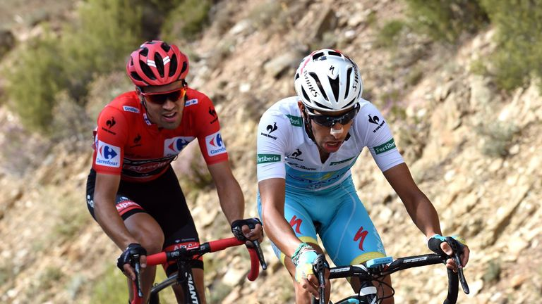 Tom Dumoulin (left) leads Fabio Aru (right) by just three seconds at the Vuelta a Espana