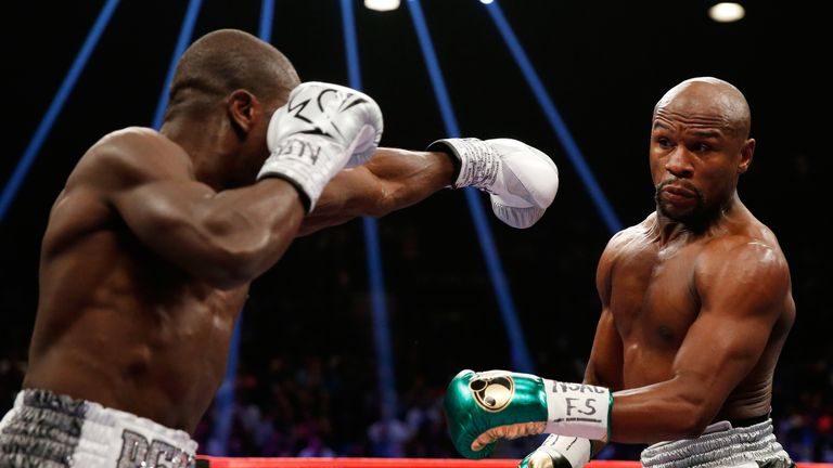 Mayweather retired after another points victory over Andre Berto