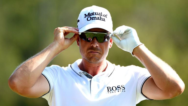 Henrik Stenson maintained his lead for 15 holes until finding water at the short 16th