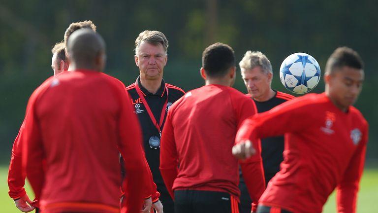 Michael Carrick To Miss Man Utd's Champions League Tie