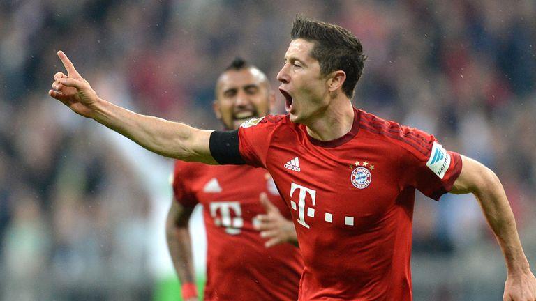 Bayern Munich's Polish striker Robert Lewandowski celebrates after the third goal